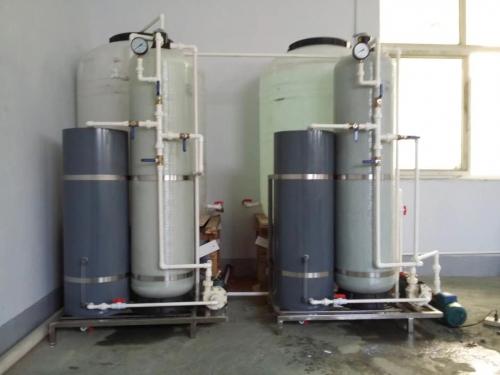 小型手動再生軟化水設備
