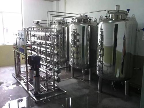 2吨/时小型不锈钢软化水设备