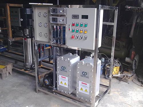 青岛水处理设备厂家分析纯水设备是如何去除水中杂质的